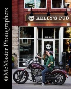 #yeg #edmonton #yegengagement #family #familyphotography #engagement #yegcouple #edmontoncouple #boudoir #photography #photographer #boudoirphotographer #bike #kiss