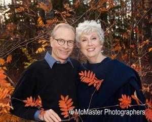 yeg-yegcouple-yegfamily-edmontonfamily-edmontonoutdoor-nature-autumn-fall-leaves-fallleaves-fallcolours-fallcolors-photographers-yegphotographers-photography-familyphotography